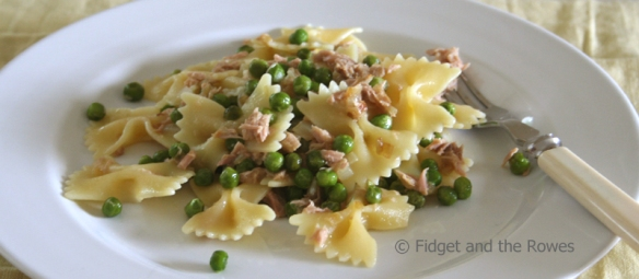 pasta tuna and peas tonno e piselli
