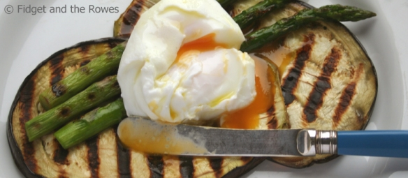 poached egg griddled vegetables
